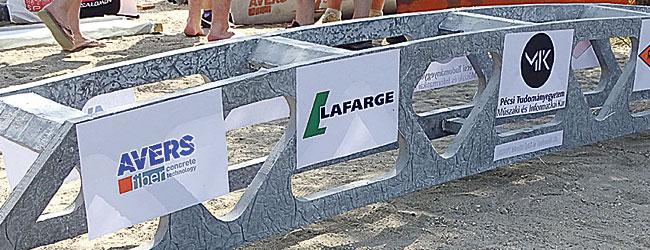 Ismét győzött a LAFARGE cementből épült hajó a budapesti betonkenukupán